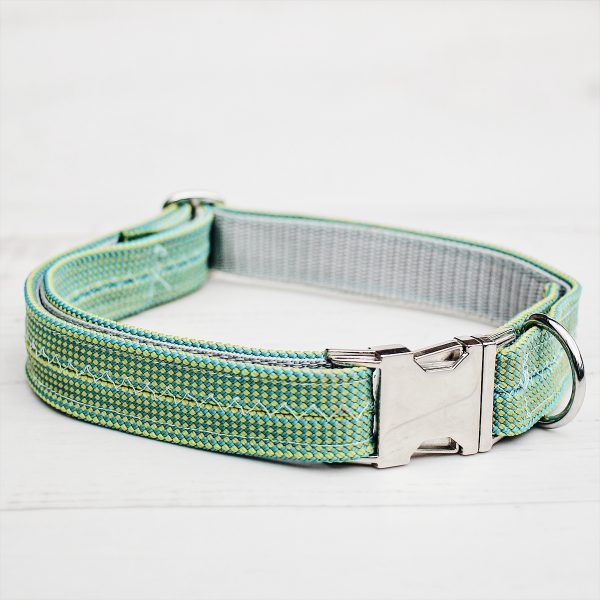 kletterseil-halsband-gruen-weiss-steckschnalle-ikarusdoodle