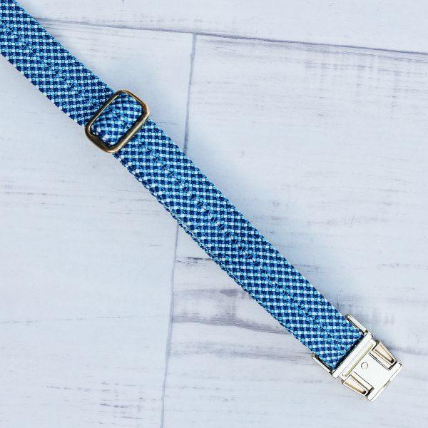kletterseil-halsband-maritim-blau-weiss-ikarusdoodle-detail