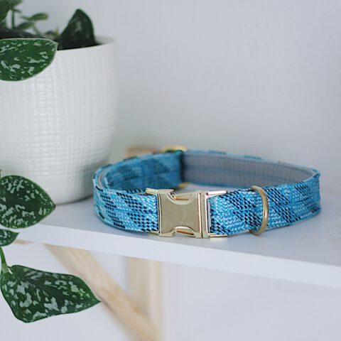 kletterseil-halsband-blau-gestreift-verstellbar